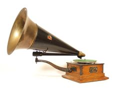 """Superb 1904 Victor """"R"""" Phonograph w/Rare Extended Length Arms & 24"""" Concert Horn"""
