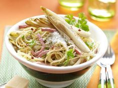 Spaghetti Bolognese, Bacon, Penne, Risotto, Bbq, Dinner Recipes, Veggies, Pizza, Lunch