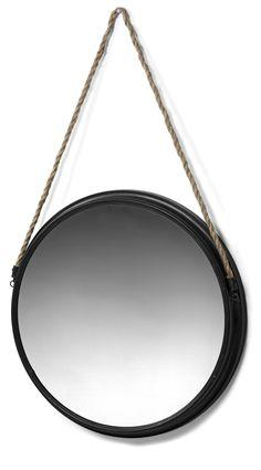 Rund spegel i metall och upphänge i rep i klassisk stil.