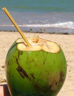 Água de coco, bem gelada!