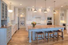 New Classic Coastal Home - Home Bunch Interior Design Ideas Nautical Kitchen, Kitchen Decor, Kitchen Ideas, Beach House Kitchens, Home Kitchens, Coastal Kitchens, Best Kitchen Designs, Cuisines Design, Luxury Interior Design