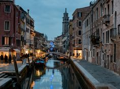 Come along with travel writer Donnie Sexton as she explores what to see in Venice on her recent trip during Venice's carnival. Norway Travel, Italy Travel, Norway Tourist Attractions, Alaska, Italy Vacation, Italy Trip, Venice Italy, Places To See, Traveling By Yourself