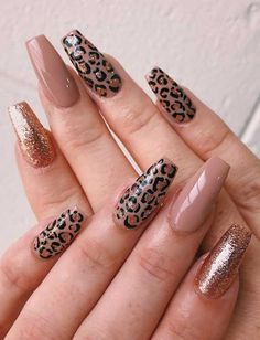 glitter nails designs, glitter nails ombre, glitter nails acrylic, pink and silver glitter nails, glitter… Silver Glitter Nails, Pink Nails, Gel Nails, Manicure, Coffin Nails, Acrylic Nails, Trendy Nails, Cute Nails, Leopard Print Nails