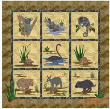 A real PDF pattern for a virtual quilt, which is a variation of a real quilt. Leave a comment within a week and a copy will be sent to your inbox within a few days. Animal Quilts, Australian Animals, Embroidery Applique, Quilting Designs, Baby Quilts, Quilt Patterns, Kangaroos, Crafty, Bed Spreads