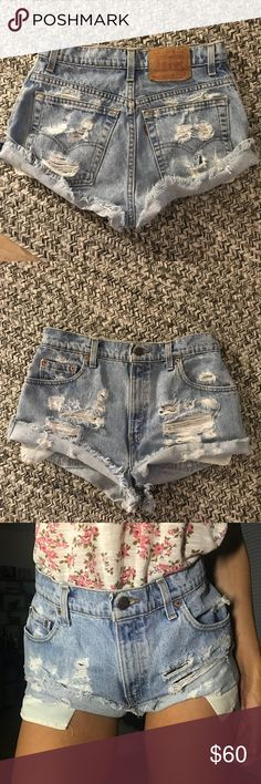 Super cute vintage Levi's shorts Love these so much! Hard to let them go! Just got them but they're too big :(  They fit like a 27 Levi's Shorts Jean Shorts