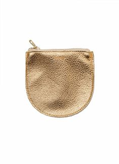 small gold pouch // perfect to throw in any purse