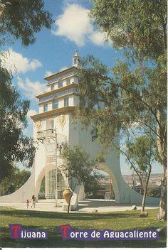 PK0034. Tijuana Baja California, México. La Torre de Aguacaliente, réplica de la antigua Torre que estaba a la entrada del Casino de Agualiente, actualmente museo. The Aguacaliente Tower, replica of what once was the tower at the entrance of the old Aguacaliente Casino, now a museum.