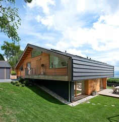 Фасад красивого дома