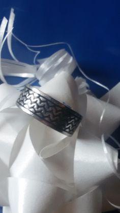 1034 Ring/ Grösse 20mm vermackt/ am Finger kaum sichtbar! Für 14€!!! OVP: 33€