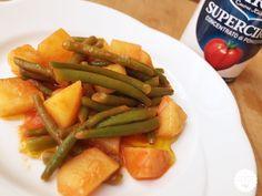 #Fagiolini e #patate in umido #cirio #supercirio #pomodoro #ricetta #recipes #tomato #recipe #italianrecipe Green Beans, Carrots, Vegetables, Italian Recipes, Food, Essen, Carrot, Vegetable Recipes, Meals
