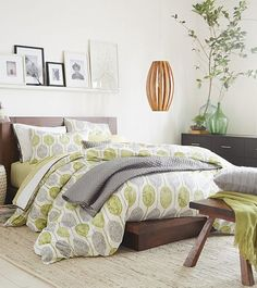 Like this bedspread. love the color scheme of this room http://rstyle.me/n/i3y5hr9te