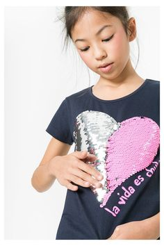 Girls Kids Sequin Reversible Heart Brush Changing Sequins Bow Back Top T-Shirt