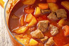 Hungarian Recipes, Hungarian Food, Chana Masala, Chowder, Thai Red Curry, Food Porn, Food And Drink, Soup, Menu