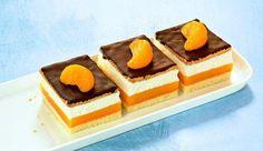 Orangen-Pudding-Schnitten Rezept: Eine sahnige Orangentorte mit Schokolade vom Blech - Eins von 7.000 leckeren, gelingsicheren Rezepten von Dr. Oetker!