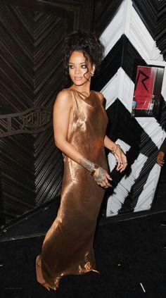 Metallic lamé dress @jojorulez