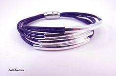 Bracelet cuir - femme - Bleu marine - Perles métal argentées - Bijoux créateur…