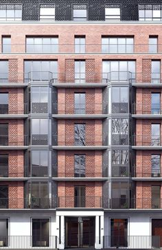 Buckingham Gate Architecture Squire and Partners Building Exterior, Building Facade, Building Design, Brick Architecture, Residential Architecture, Architecture Details, Facade Design, Brickwork, Modern Buildings