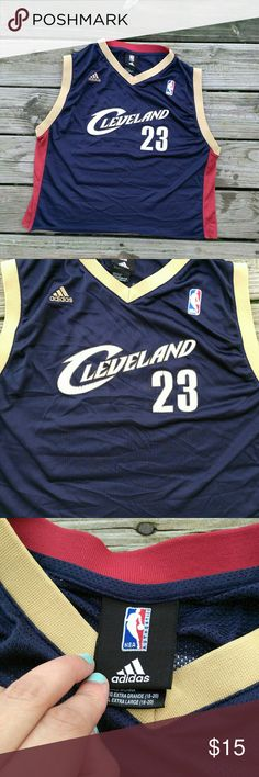 LeBron James  Cleveland jersey XLarge in children 52f581a6f