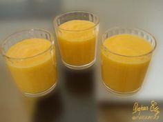 Mango Pear Honey Smoothie