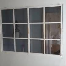 okno z drewna szczeblinowe z szybami zespolonymi do przedpokoju wrocław krzyki