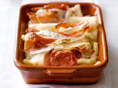 Macaroni met brie en krokante ham