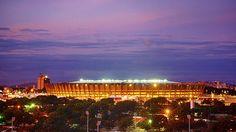 Estadio Mineirão, Belo Horizonte. Es uno de los templos del fútbol brasileño y casa de los multicampeones nacionales Atlético Mineiro y Cruzeiro, tiene capacidad para 58.170 espectadores y ha sido completamente reformado para alojar seis partidos de la Copa Mundial de la FIFA Brasil 2014™, incluyendo un encuentro de semifinales.