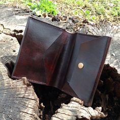 Leather wallet for men. Handmade product. http://www.sashe.sk/StefanKrajcovic/detail/panska-kozena-penazenka-slim