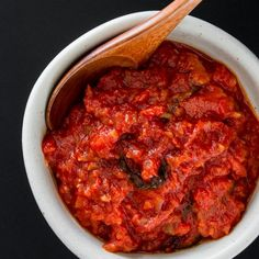 Easy and delicious basic tomato sauce takes less than 30 minutes to make. Tips on tweaking to make your perfect marinara.