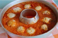 Kleine Hackbällchen mit Mozzarella überbacken in Tomatensoße mit italienischen Kräutern ➡️Hackbällchen Toscana⬅️. Schon während des Kochens dringt der Duft der Toscana aus dem Omnia-Backofen. Auch Kinder lieben dieses Gericht!