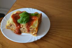 Lasagna alla Bolognese with Sicilian sauce.  A fresh meal, served fresh !