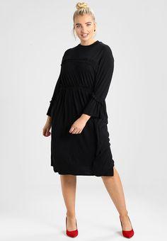 3708262e0e37 bestil Lost Ink Plus SKATER DRESS - Jerseykjoler - black til kr 299