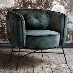 Shabby Chic Armchair, Retro Armchair, Retro Sofa, Vintage Sofa, Contemporary Armchair, Living Room Decor Cozy, Couch Furniture, Furniture Design, Fabric Armchairs