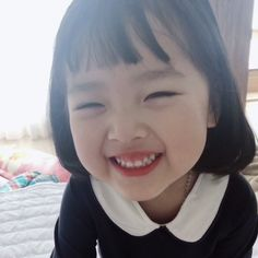 Image may contain: 1 person Cute Asian Babies, Korean Babies, Cute Korean Girl, Asian Kids, Cute Babies, Cute Baby Meme, Baby Memes, Cute Baby Girl Pictures, Baby Photos