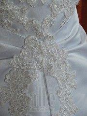 Esküvői ruhaszalon Outlet / Bizományi ★★★ AlleMode esküvői ruhaszalon Budapest Teréz körút 12.