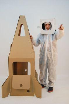 Foguetão...  rocket  cohet i mascara astronauta #capgros