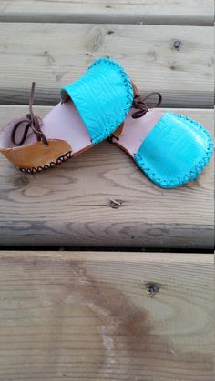 Hey, I found this really awesome Etsy listing at https://www.etsy.com/listing/234984402/leather-baby-sandals-bohemian-baby