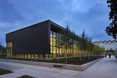Gallery of AIA Rewards 11 Projects with the 2014 Educational Facility Design Excellence Award  - 17