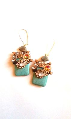 orecchini turchese e cristalli in vendita su  www.aiardodesign.com