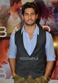 The handsome Sidharth Malhotra! via Voompla.com