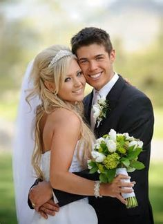 Must have wedding photo number 20. Bride and Groom.