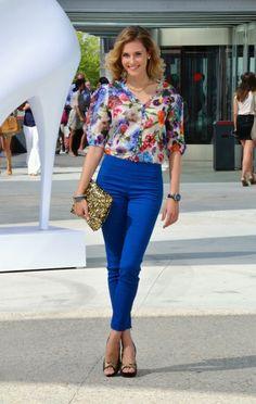 Blusa de Miss Sixty y bolso de lentejuelas de Zara