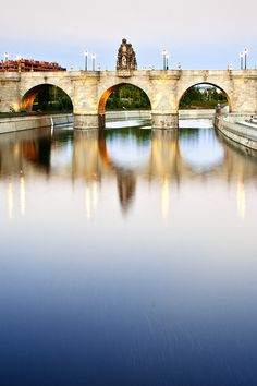 Toledo Bridge in Madrid River Park, Spain Places Around The World, Travel Around The World, Around The Worlds, Beautiful Places To Visit, Places To See, River Park, Spain And Portugal, Culture Travel, Spain