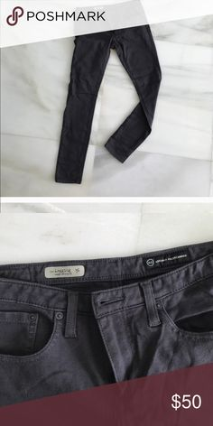 AG super skinny legging gray Great condition. Ships asap. Smoke free. Ag Adriano Goldschmied Pants Skinny