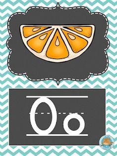 SGBlogosfera. María José Argüeso: CON TIZA Y EN INGLÉS First Grade Math Worksheets, English Resources, Teaching The Alphabet, Beginning Sounds, English Alphabet, Montessori Activities, How To Do Yoga, Classroom Decor, Your Pet