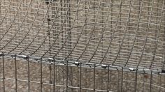 How to Build an All Wire Rabbit Cage- use zip ties to hold bottom and top- then J- clip.
