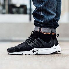 """HYPEBEAST on Instagram: """"#hypefeet: have you copped the @Nike Air Presto Ultra Flyknit """"Black/Black-White?"""" Photo: @titoloshop"""""""