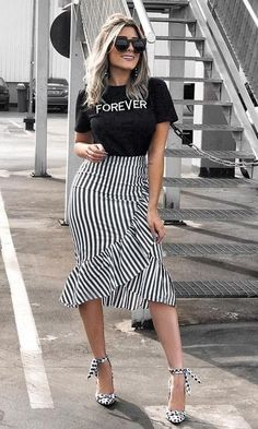 trendy: Meeräsche die Länge die Sommerwette ist OWN RG von Lu K Vi Classy Outfits, Casual Outfits, Casual Dresses, Fashion Dresses, Modest Wear, Mode Chic, African Dress, Skirt Outfits, Everyday Outfits