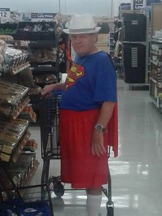 Walmart Funny, Go To Walmart, Only At Walmart, Walmart Pictures, Funny People Pictures, Funny Photos, Crazy Pictures, People Of Walmart, Fashion Fail