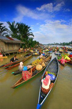 Floating Market - Borneo