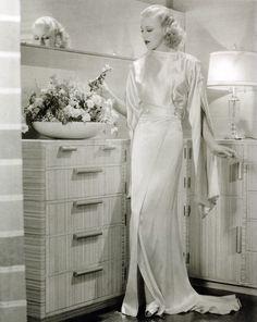 bernard newmann designer | ... Rogers, photo publicitaire de 1930, Costume Designer :Banton Travis
